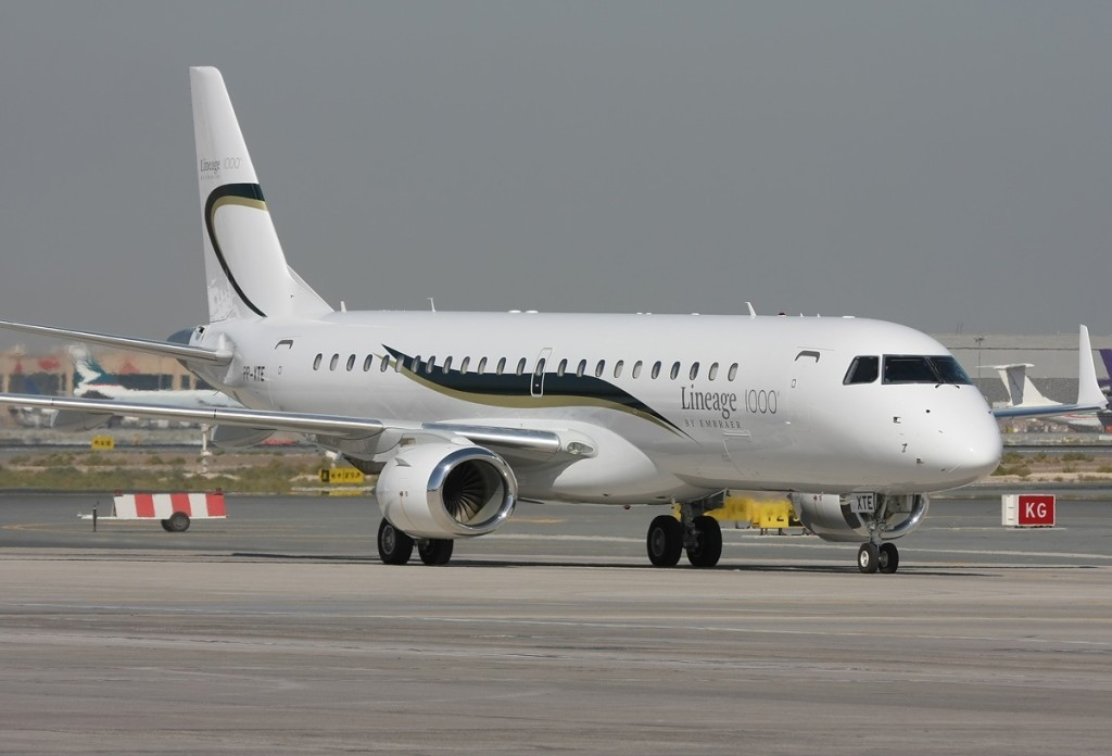 Embraer EMB190BJ Lineage 1000 1